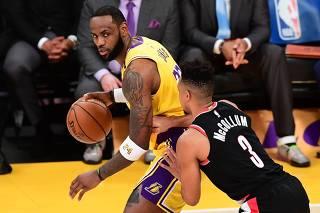 Basketball: NBA - Regular season: LA Lakers v Portland