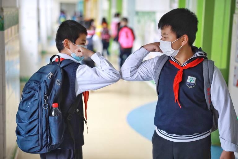 Escolas voltam às aulas após pandemia de Covid-19