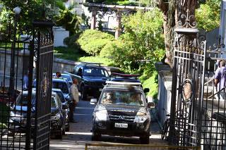 Brazilian federal police search Rio de Janeiro governor's residences in corruption probe