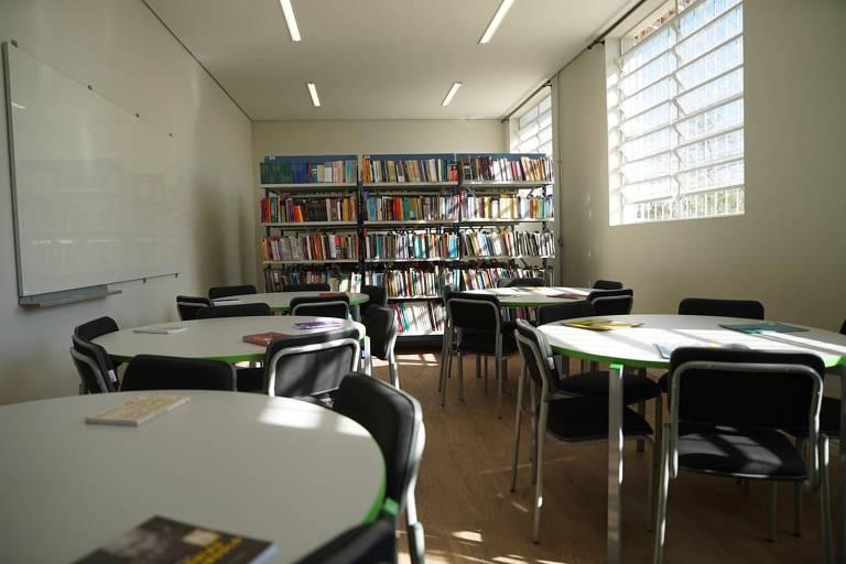 Nova biblioteca da Raul Brasil, com mais espaço para aulas de leitura