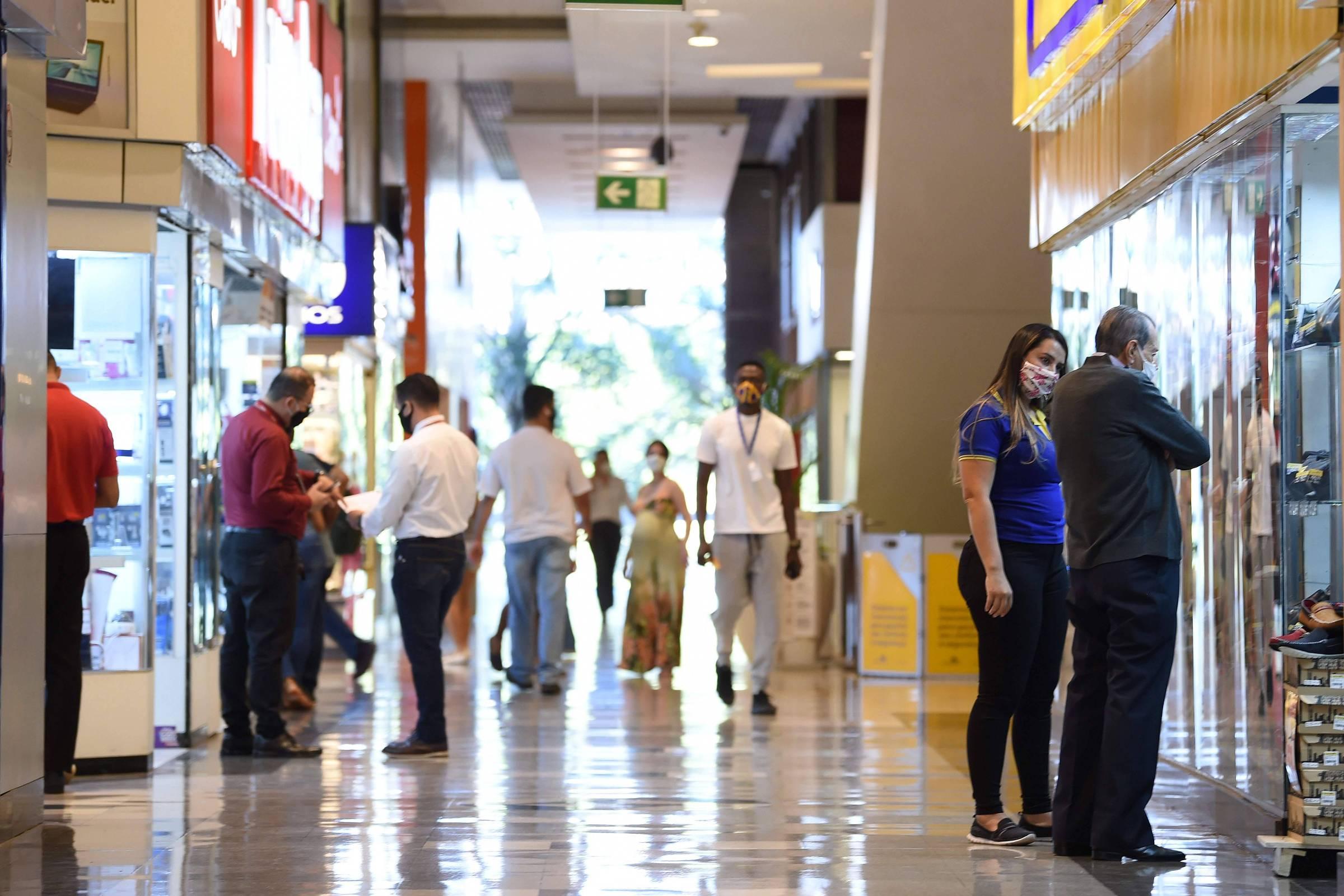 Shoppings do Brasil vão vender pela Amazon