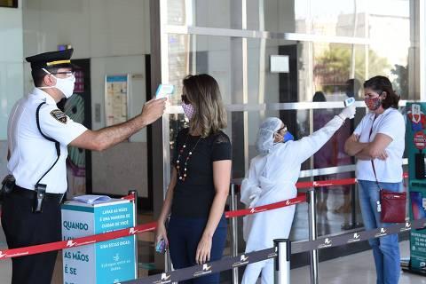 Pessimismo com economia aumenta e 2 em cada 3 brasileiros temem crise, diz Datafolha