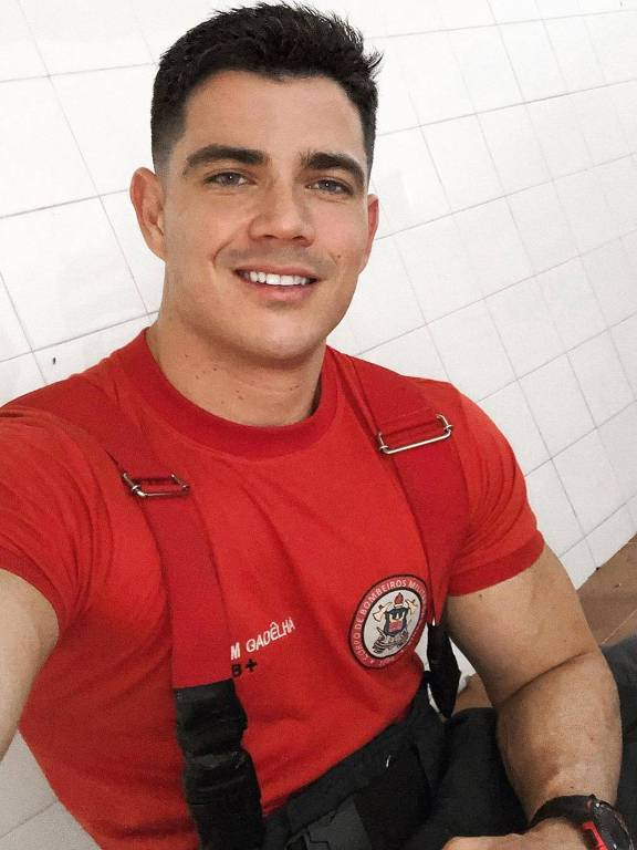 Imagens do bombeiro JP Gadêlha