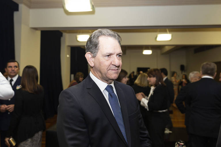 De pé, o presidente do STJ João Otávio de Noronha em cerimônia na Sala São Paulo