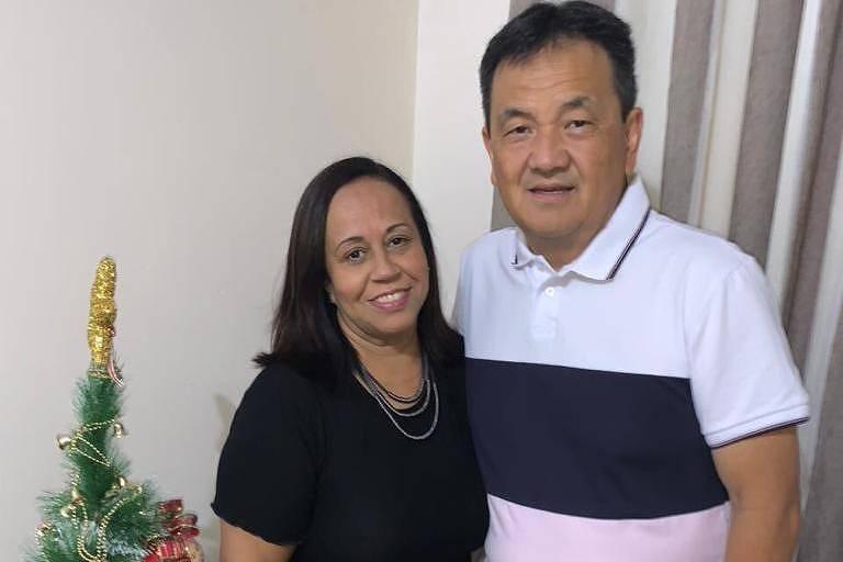 Rosana Sokabe, ao lado do marido, Luiz, precisou ser internada duas vezes para conseguir se livrar do novo coronavírus