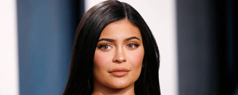 FILE PHOTO: Kylie Jenner attends the Vanity Fair Oscar party in Beverly Hills during the 92nd Academy Awards, in Los Angeles, California, U.S., February 9, 2020.     REUTERS/Danny Moloshok -/File Photo ORG XMIT: FW1