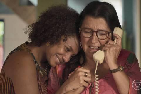 Jéssica Ellen e Regina Casé na novela Amor de Mãe (Globo)