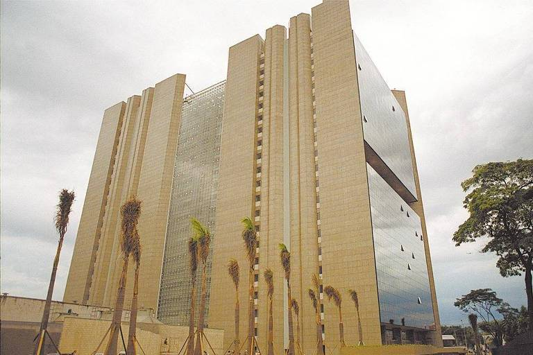 Fachada do prédio do TRT (Tribunal Regional do Trabalho), em SP, após finalização das obras