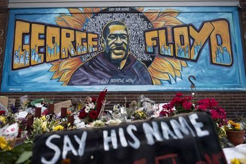 Autópsia independente de George Floyd indica asfixia e difere de relatório da polícia