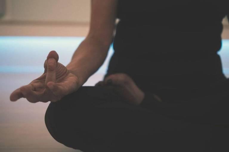 Meditação diária é cheia de benefícios