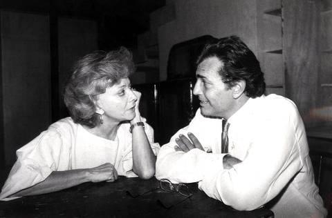 ORG XMIT: 400301_0.tif 1986  Os atores Glória Menezes e Tarcísio Meira. (Sem local, 1986. Foto de Manuel Motta/Folhapress)