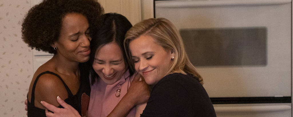 Mia (Kerry Washington), Bebe Chow (Huang Lu) e Elena (Reese Witherspoon) em cena de 'Little Fires Everywhere'