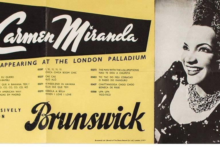 Carmen Miranda, em sua única temporada de espetáculos na Inglaterra, apresentou-se no London Palladium durante um mês, fazendo duas apresentações diárias com seu conjunto, o Bando da Lua
