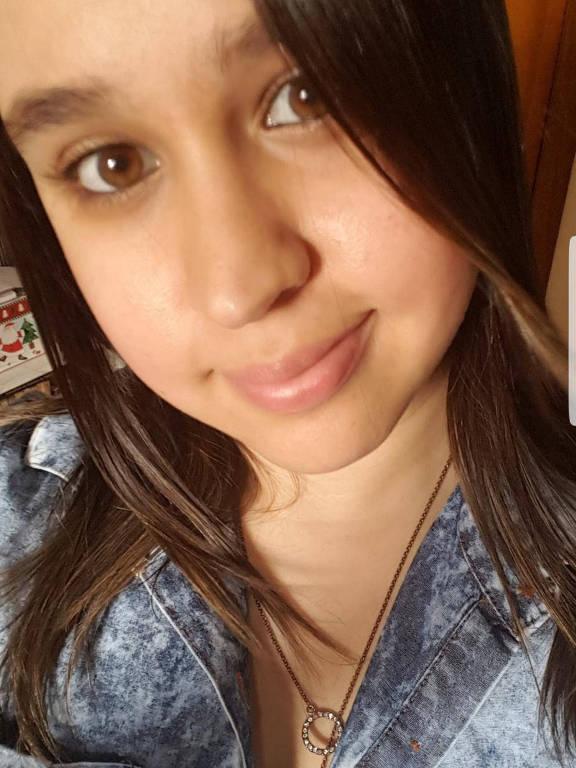 A funcionária pública Alessandra Cristina da Silva teve sintomas secundários da Covid-19 e se curou em casa