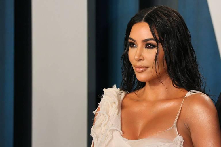 Kim Kardashian fecha acordo com Spotify para apresentar podcast sobre sistema penal