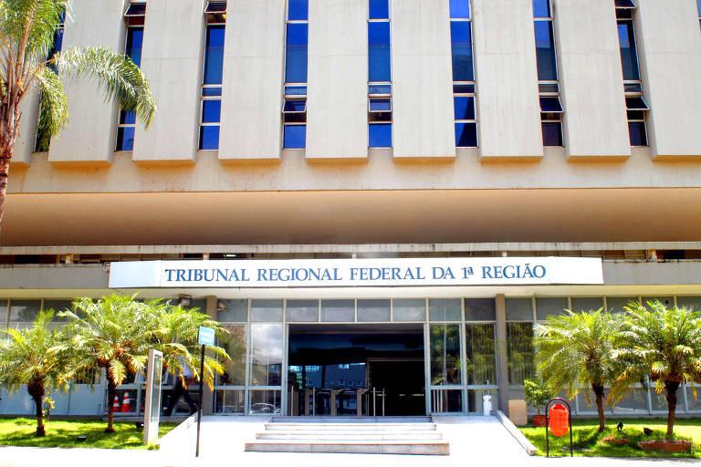 Fachada da sede do Tribunal Regional Federal da 1ª Região, em Brasília