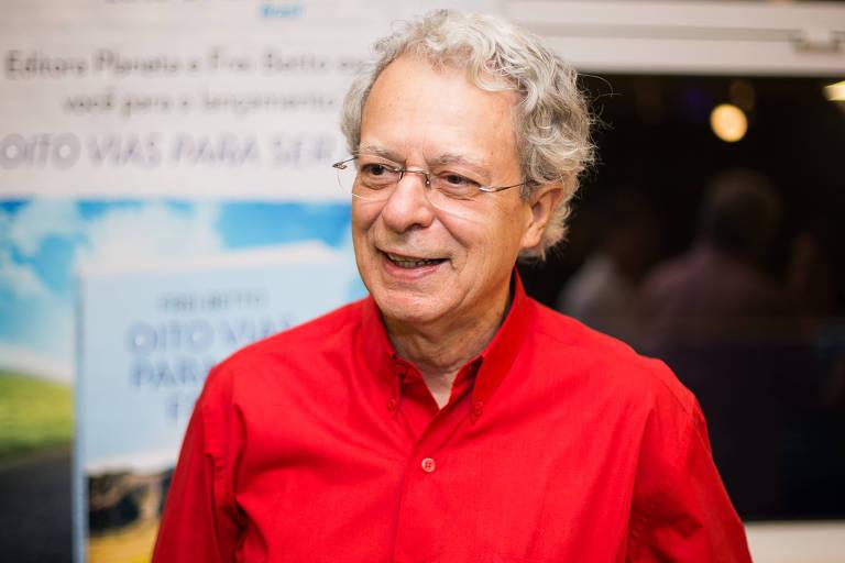 Frei Betto durante lançamento de livro em São Paulo