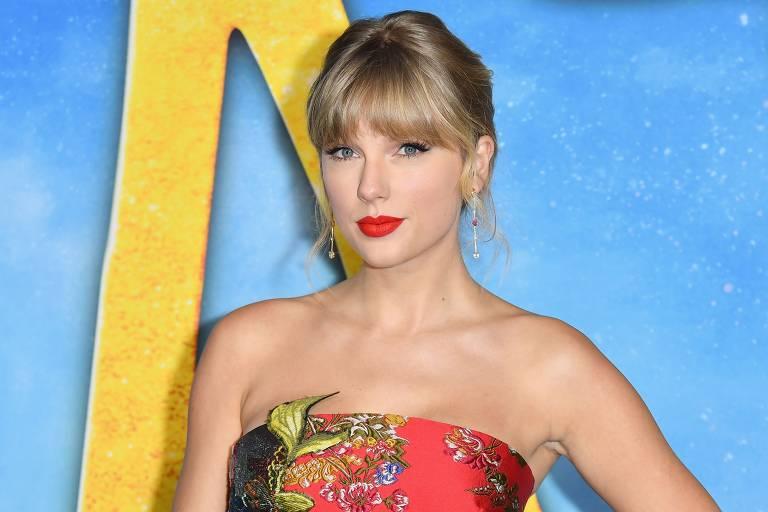Após denúncia de plágio, Taylor Swift muda logo de novo álbum, 'Folklore'