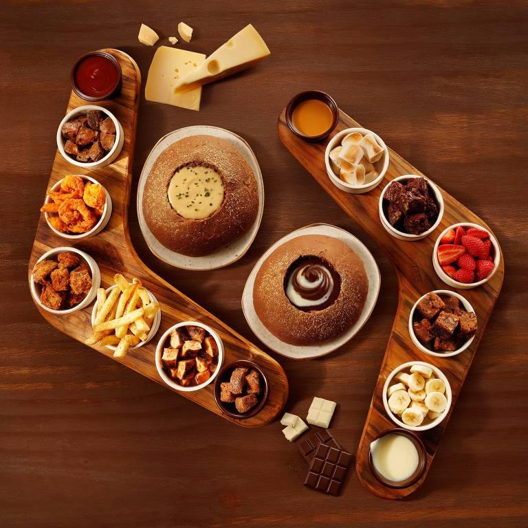 Outback apresenta seu novo fondue: mix com mais queijos e dois tipos de chocolate para combinar