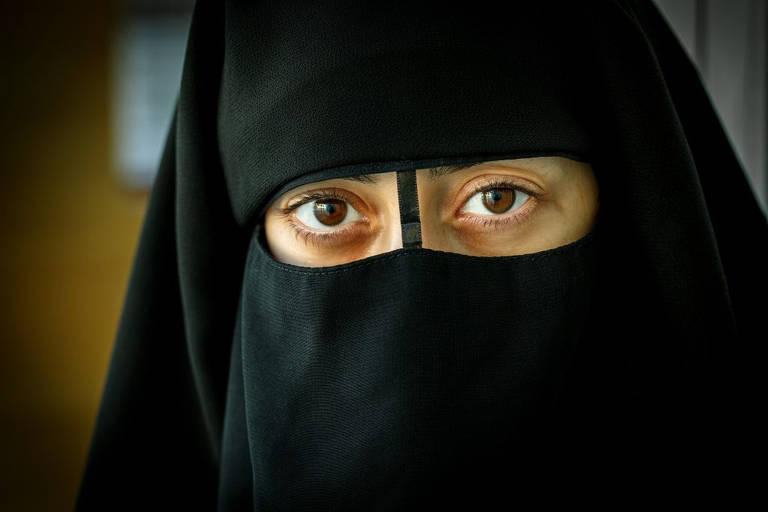 Imagens da série Califado