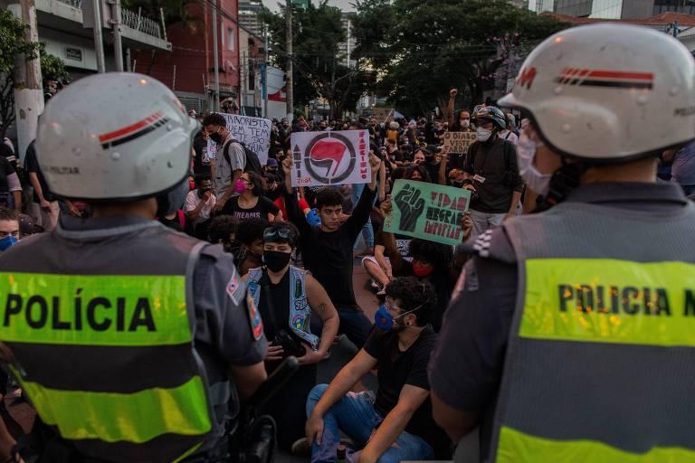 Ato contra Jair Bolsonaro e contra o racismo, em 7 de junho