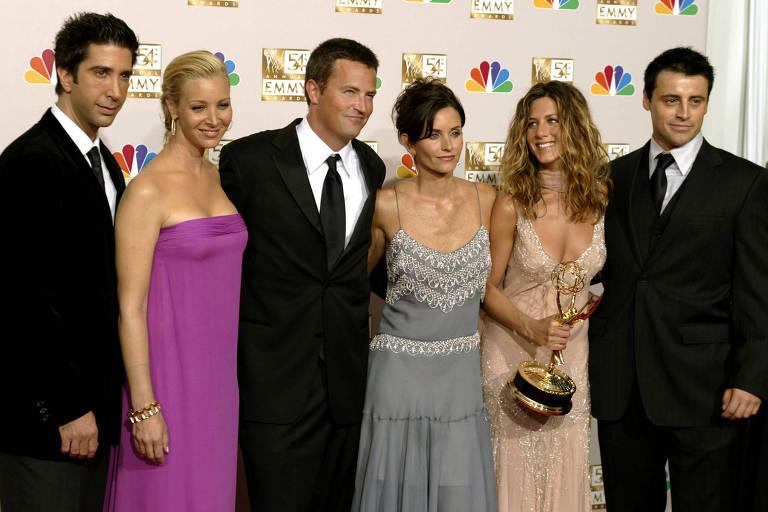 David Schwimmer, Lisa Kudrow, Matthew Perry, Courteney Cox Arquette, Jennifer Aniston e Matt LeBlanc, astros de 'Friends'