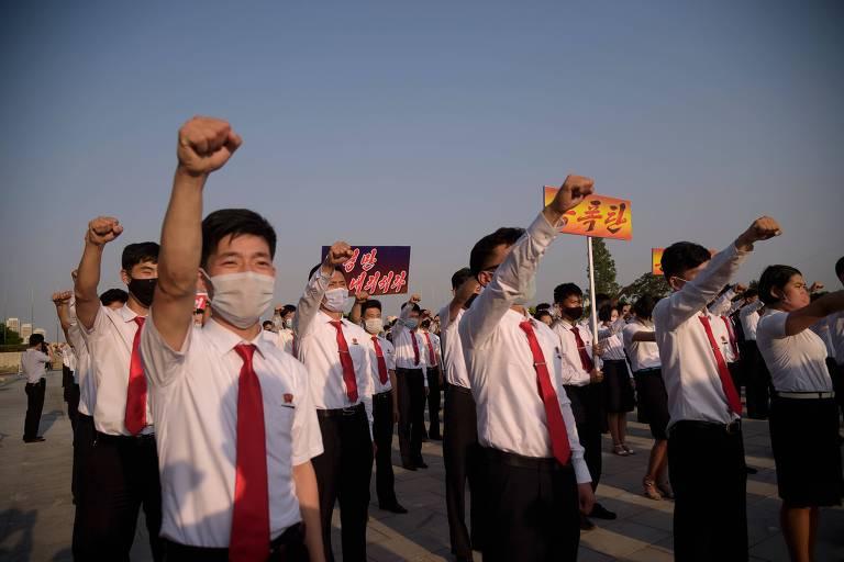 Coreia do Norte vai cortar comunicação com Coreia do Sul, diz agência