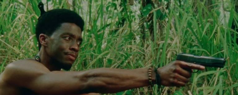 Cena do filme 'Destacamento Blood', de Spike Lee