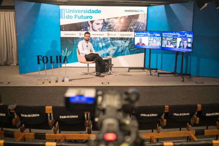 Fabio Takahashi, editor do DeltaFolha, na mediação do debate online sobre impacto da tecnologia  na educação, durante o seminário Universidade do Futuro, transmitido ao vivo