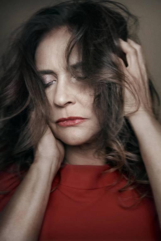 Imagens da cantora Fafá de Belém