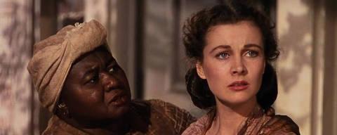 Hattie McDaniel e Vivien Leigh em cena de '...E o Vento Levou'