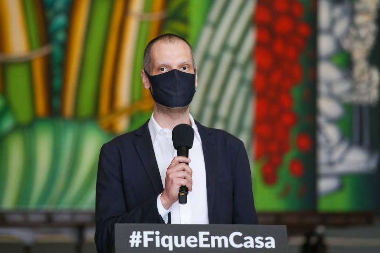 O prefeito de São Paulo, Bruno Covas , durante entrevista coletiva