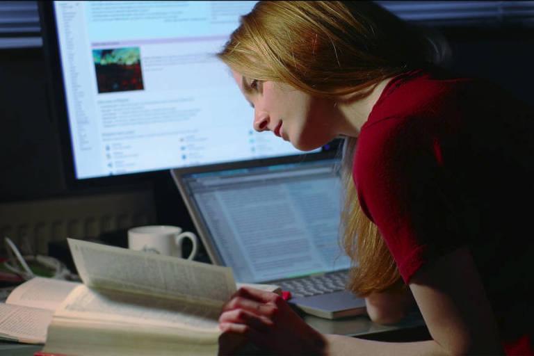Em meio ao coronavírus, aulas estão sendo realizadas online
