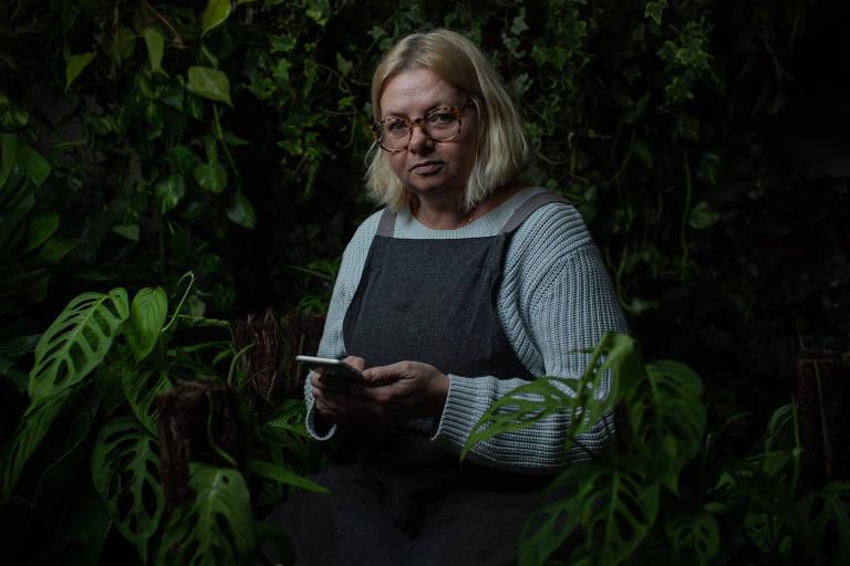 Leda Maria Welter, 52, proprietária da Floricultura Blumenfee, no Bixiga; faturamento cresceu 150% durante a pandemia