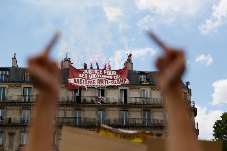 Manifestações antirracistas e nacionalistas na Europa