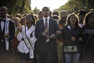 Howard University students march from campus to the Lincoln Memorial