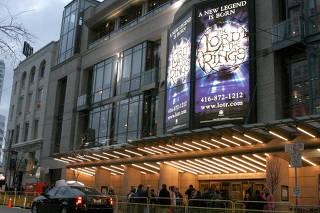 Cinema de Toronto com cartaz do filme