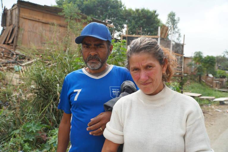 Wilder Pereira Santana e Cris dos Santos Nascimento, moradores de rua que tiveram pertences levados pela GCM