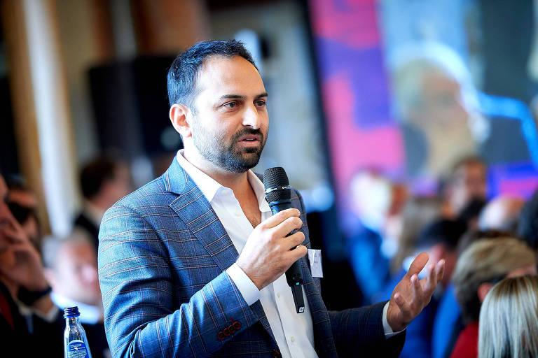 Ricken Patel, diretor-executivo da Avaaz, durante evento em 2018