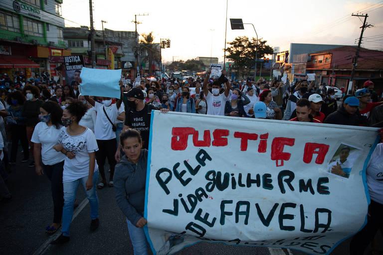 Ato em memória de Guilherme Silva Guedes, 15 anos, encontrado morto nesta segunda (15), após ter sido sequestrado, na zona sul da capital