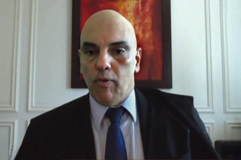 Alexandre de Moraes vota por videoconferência no julgamento sobre fake news
