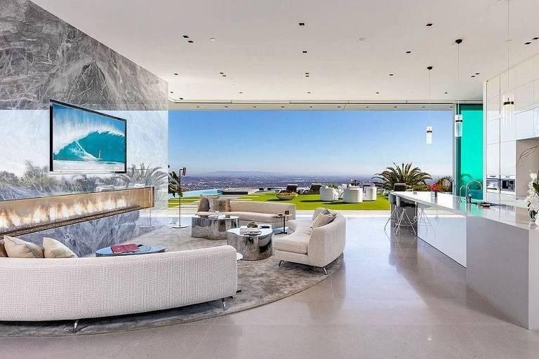 Astro da NBA, Lebron James compra mansão de R$ 270 milhões na Califórnia