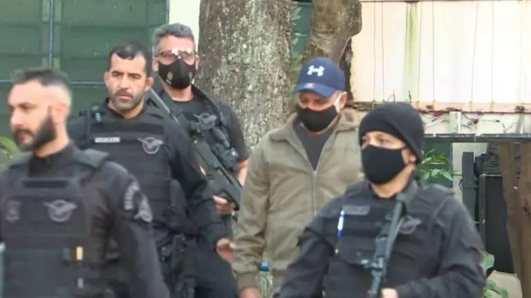 Fabrício Queiroz é preso em SP na casa de advogado de Bolsonaro e de seu filho Flávio