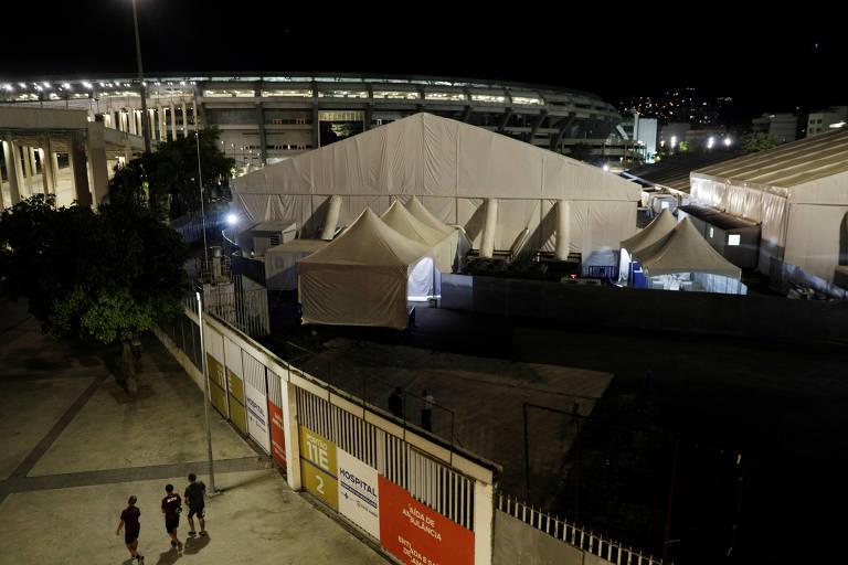 Hospital de campanha no complexo do Maracanã, que atende pessoas infectadas com a Covid-19, em imagem feita momentos antes da partida entre Flamengo e Bangu, pelo Estadual do Rio