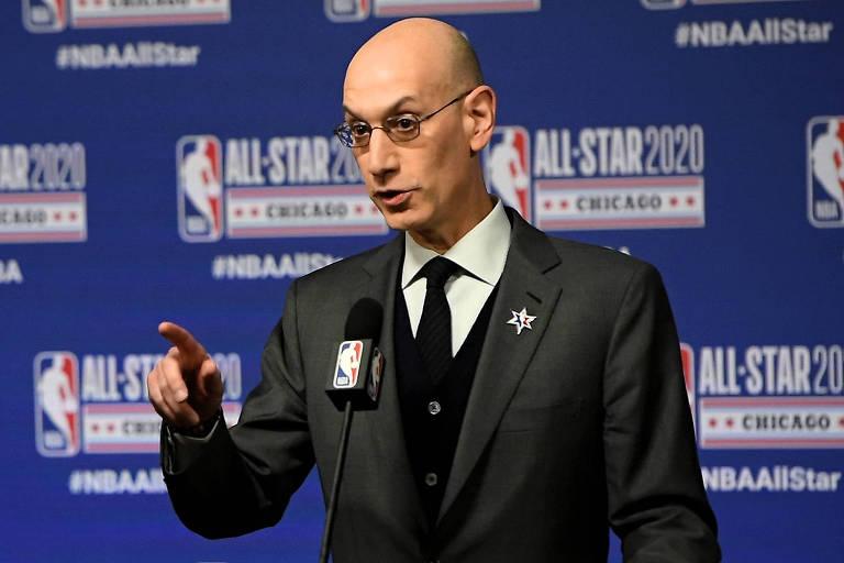 Adam Silver, comissário da NBA, que pretende retomar sua temporada no fim de julho