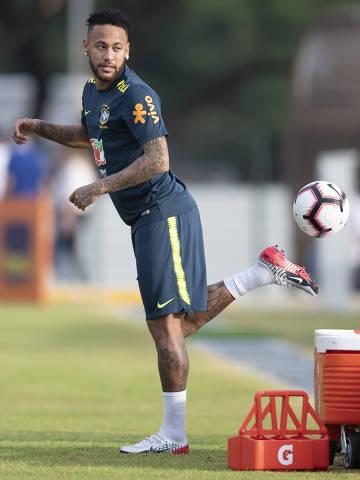 Singapura - 07-10-2019    -  O jogador Neymar  durante treinos da Seleção Brasileira  no Kallang Football Hub,  Singapura, nesta segunda-feira(7), a seleção brasileira foi a campo em preparação para os amistosos contra Senegal e Nigéria, dias 10 e 13, respectivamente.  Foto Lucas Figueiredo/CBF