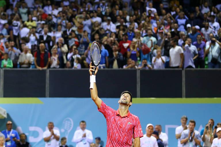 Quadra lotada para assistir a jogo de Novak Djokovic na Croácia
