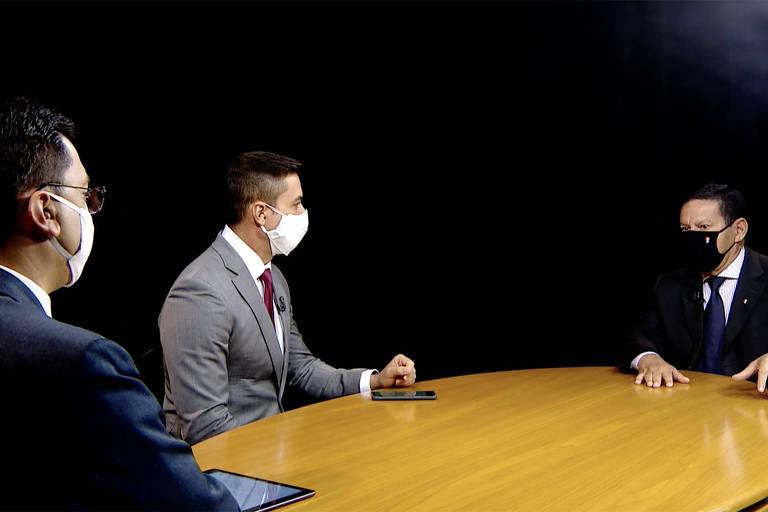 Entrevista Hamilton Mourão para o Jornal da Record
