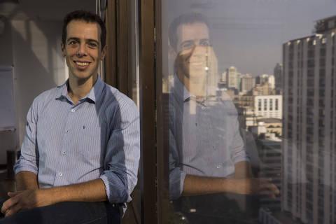 Atacado por apoiadores de Bolsonaro, Feder diz recusar convite para o MEC