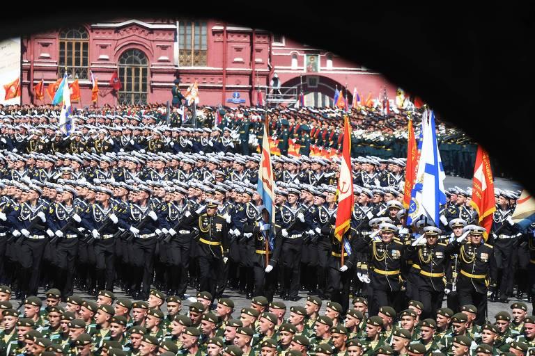 Desfile em Moscou comemora os 75 anos da vitória soviética na Segunda Guerra Mundial